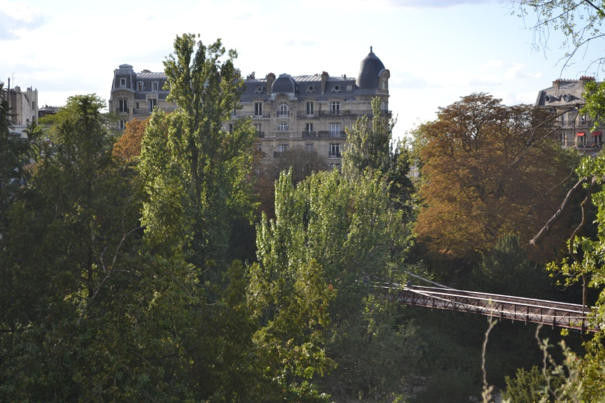 Parc de Buttes Chaumont , Paris